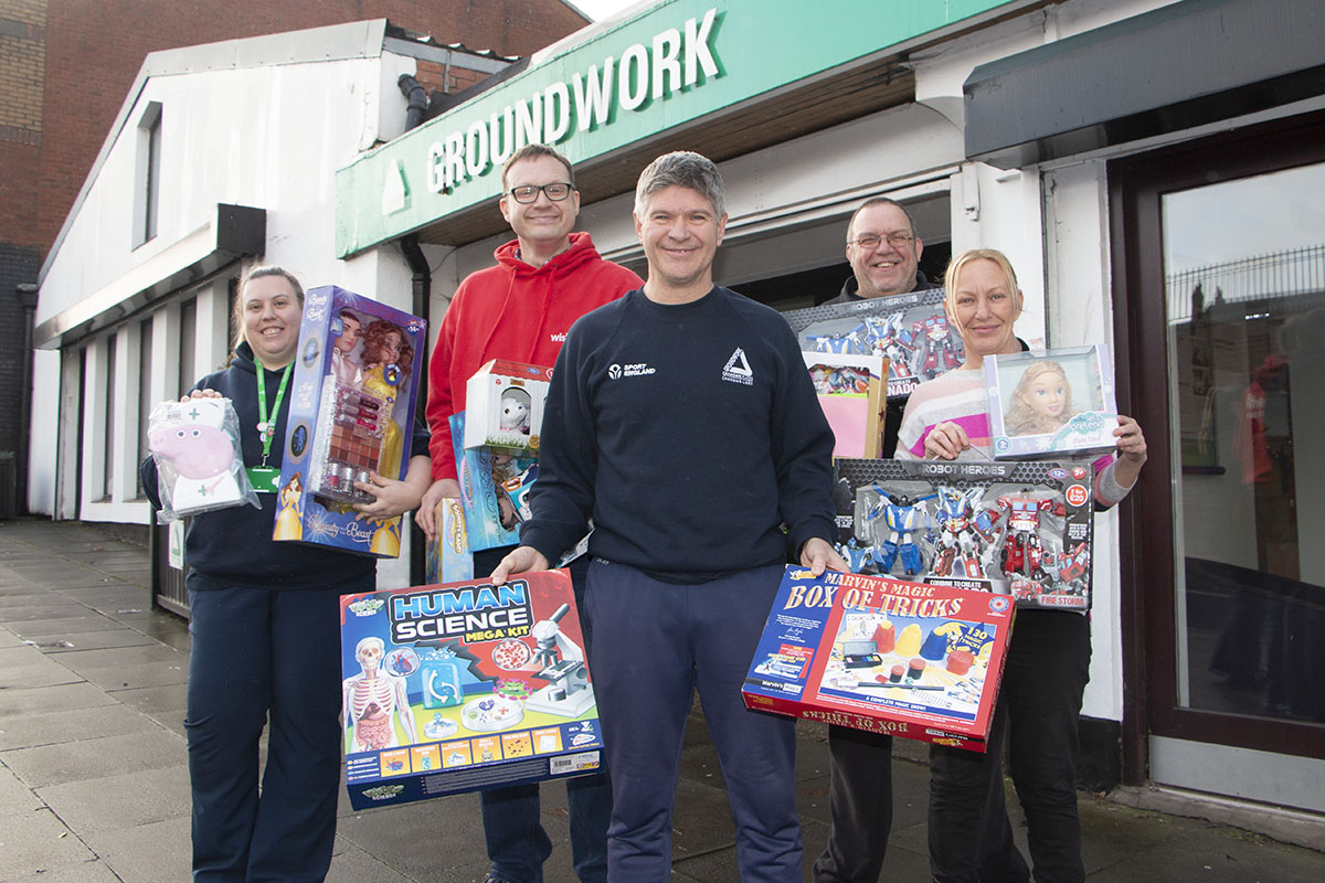 Groundwork staff and local residents donate toys to local radio appeal