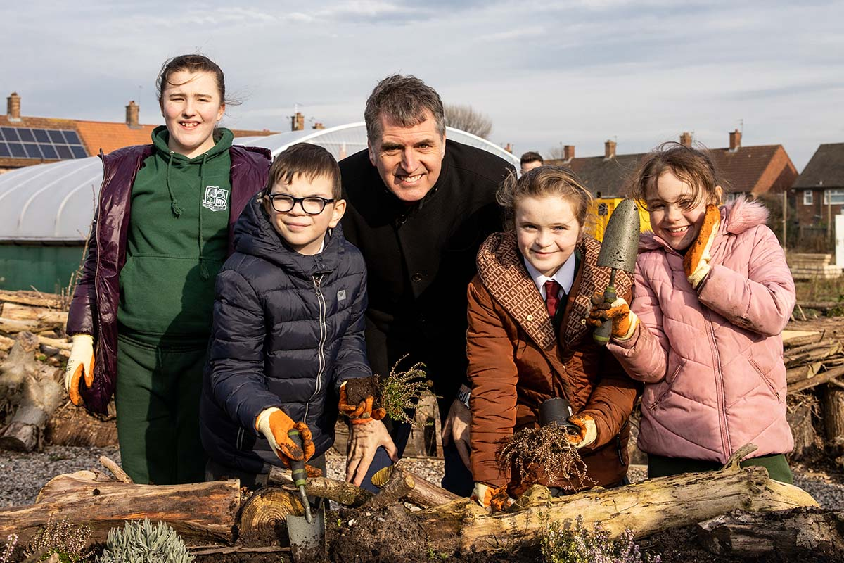 Metro Mayor Visits Community Garden That's Creating A Buzz