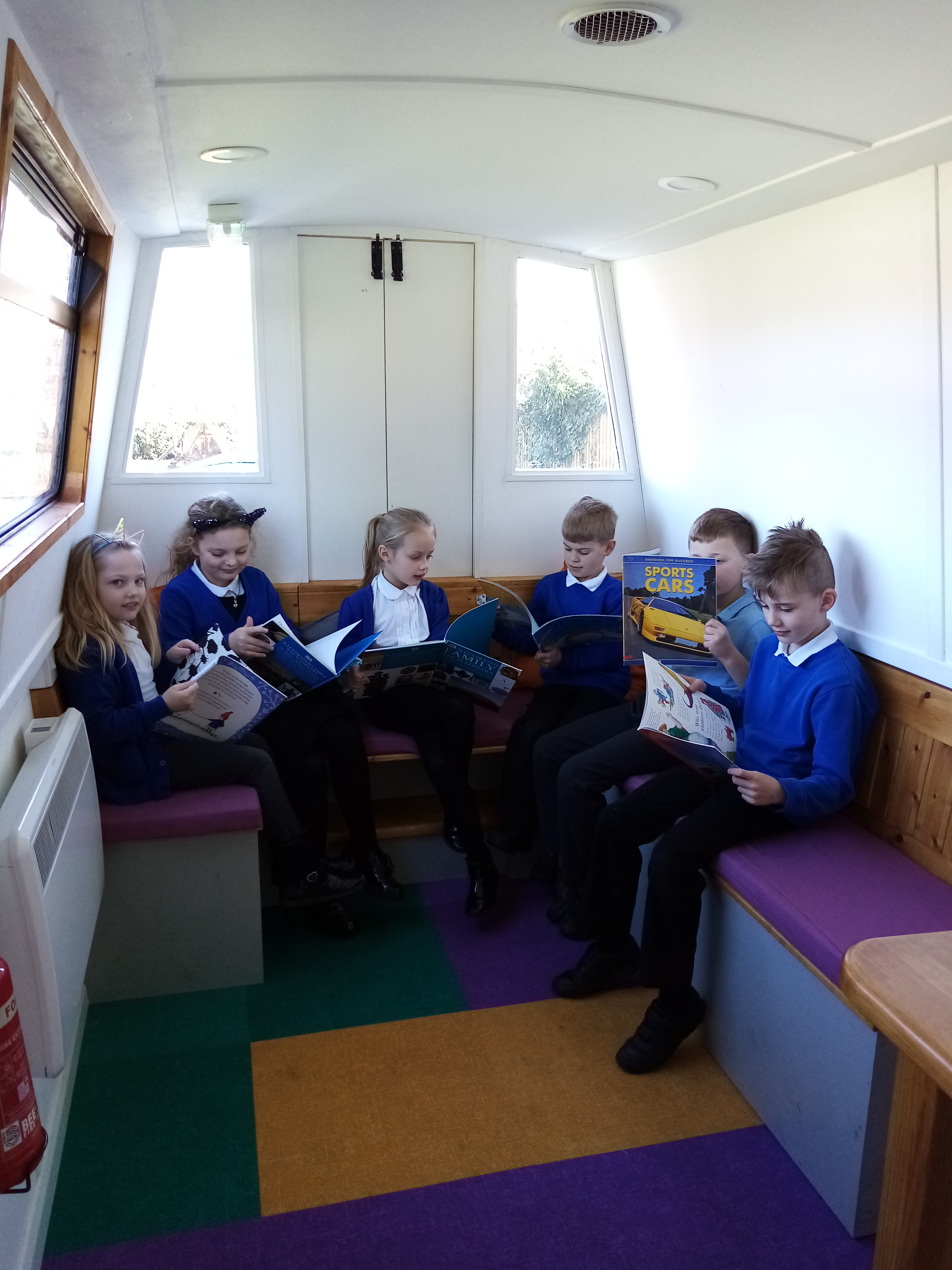 NEWS: Pupils embark on literary voyage of discovery thanks to 'Book Barge' project