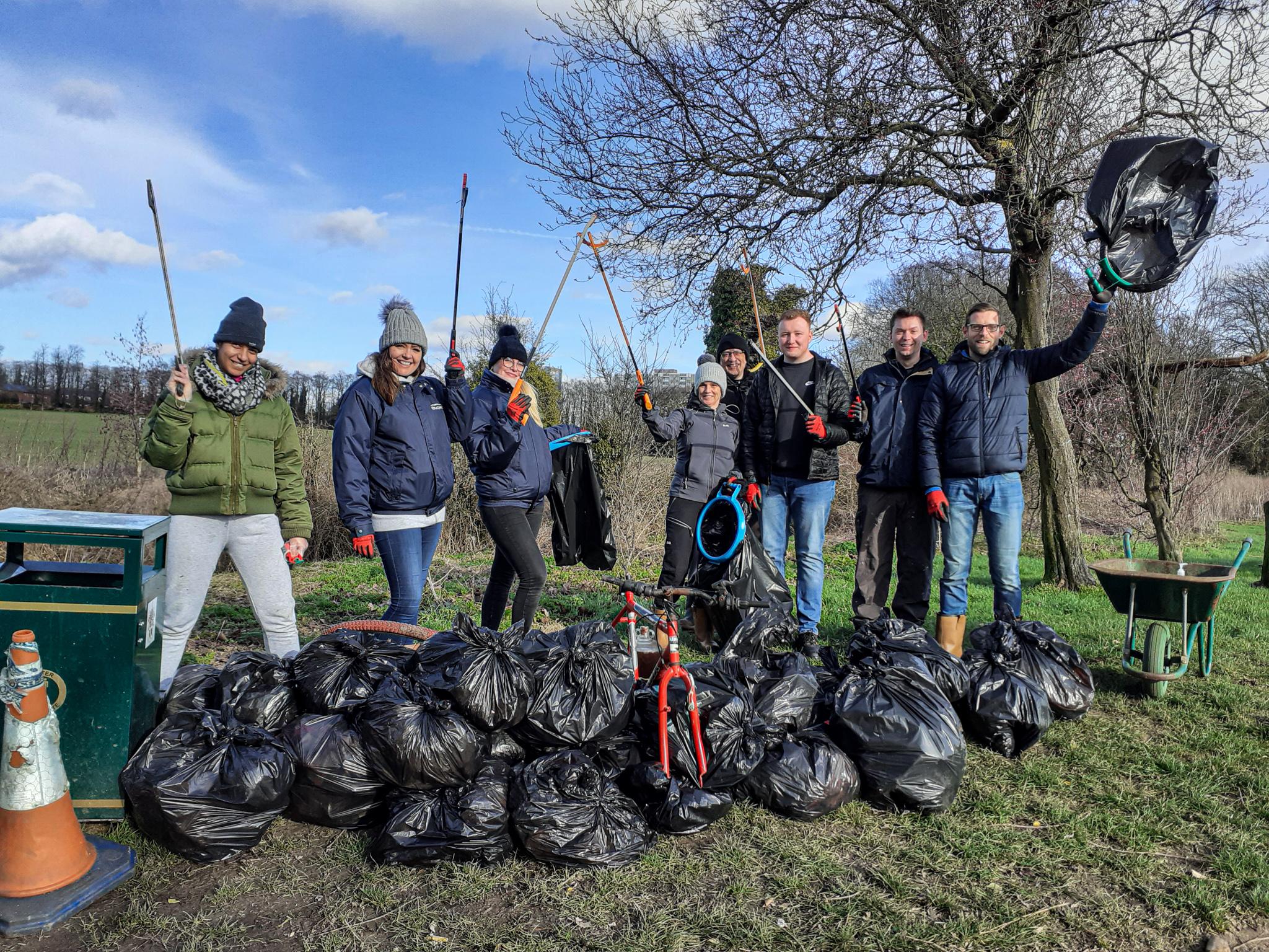 River Lea clean up RiverLUTiON